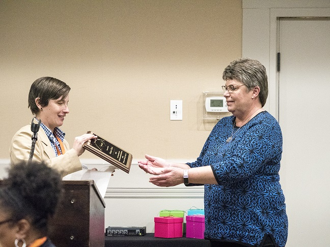 Picture of Yvonne Franz  accepting award